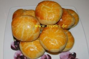 Peynirli ve Zeytinli Poğaçalar
